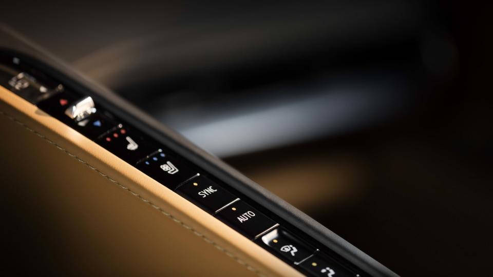 2020 Chevrolet Corvette (C8) review-3