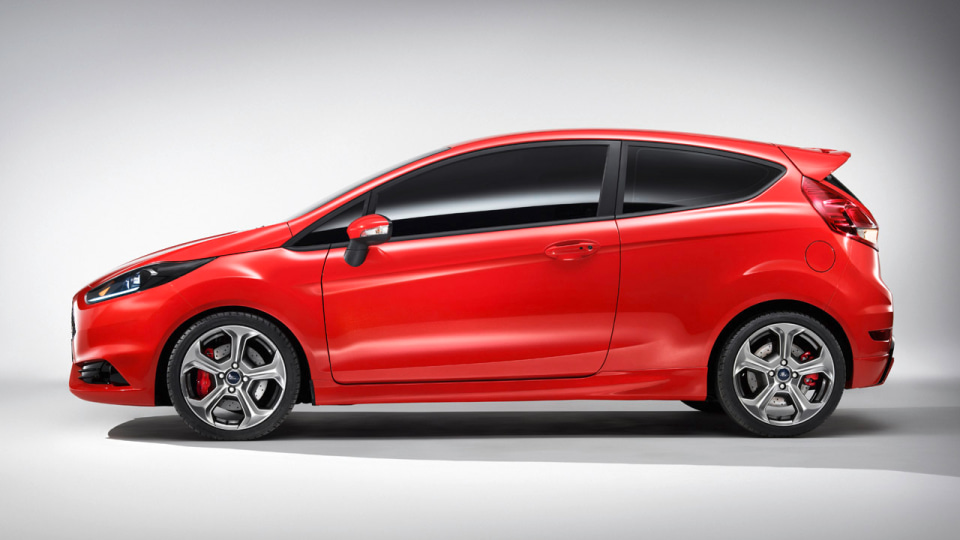 2012_ford_fiesta_st_concept_04