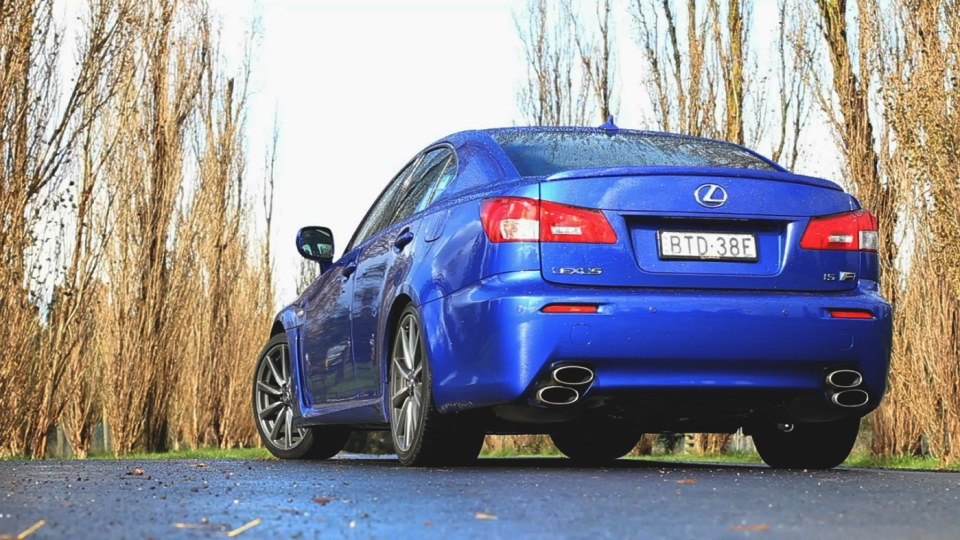2011_lexus_isf_review_02