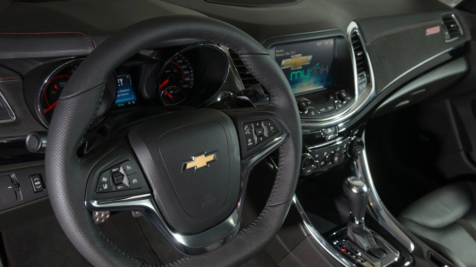 2014_chevrolet_ss_holden_vf_commodore_ss_08