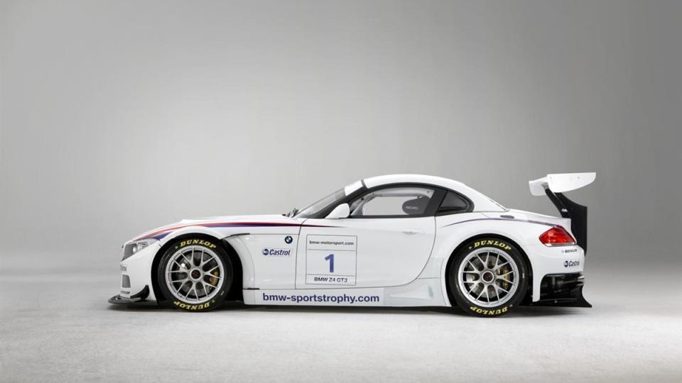 2010_bmw_z4_gt3_race_car_06
