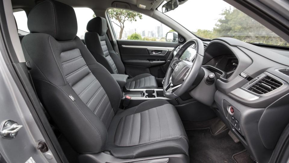 2020 Honda CR-V VTi-S AWD v Mazda CX-5 Maxx Sport AWD comparison-3