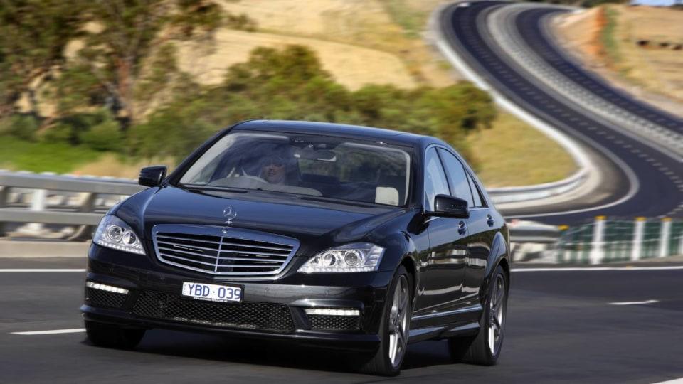 2011_mercedes_benz_s_class_sedan_csr_02