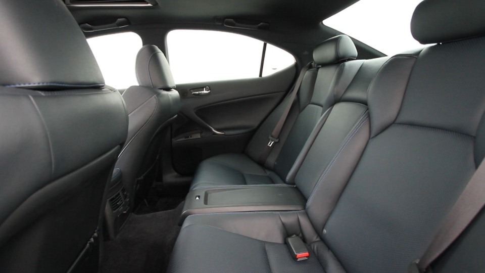 2011_lexus_isf_review_09