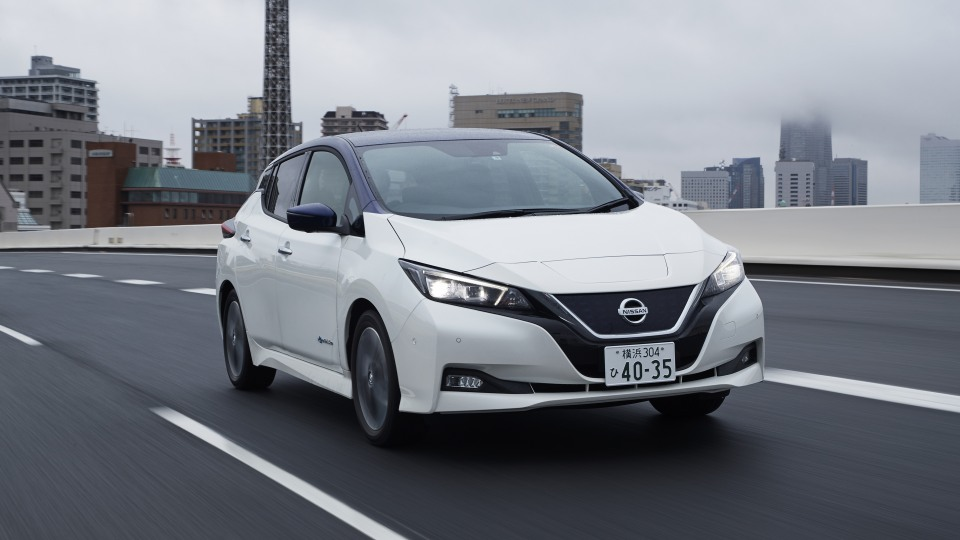 2018 Nissan Leaf Overseas Preview Drive | Nissan's Mainstream EV Reaches Its Crucial Second-Stage