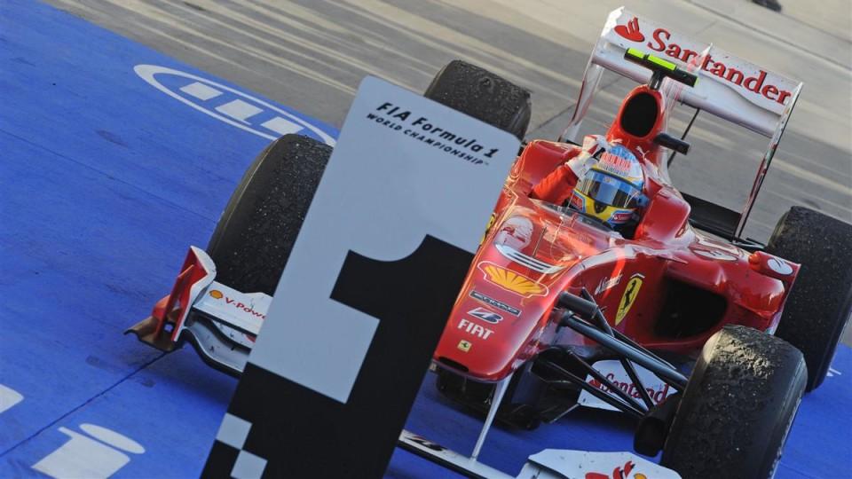 F1: Alonso Wins 2010 Formula 1 Bahrain Grand Prix