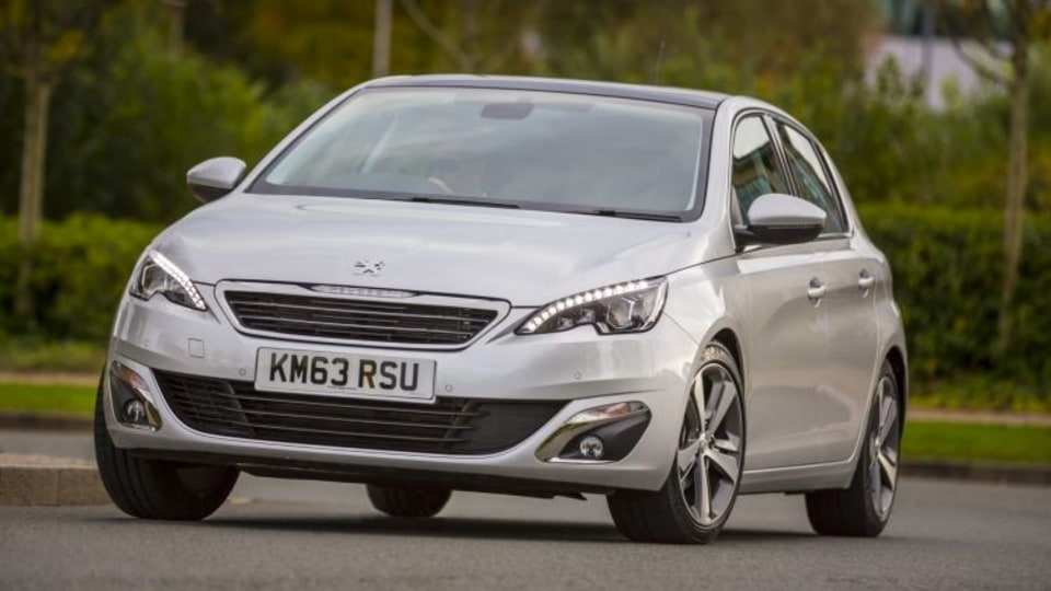 Peugeot has updated the 308 range for 2017, adding more equipment to the mid-range Allure hatch.