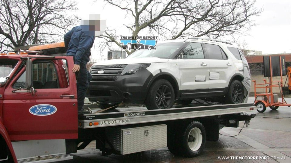 2011_ford_explorer_spy_photos_spy_shots_territory_replacement_05
