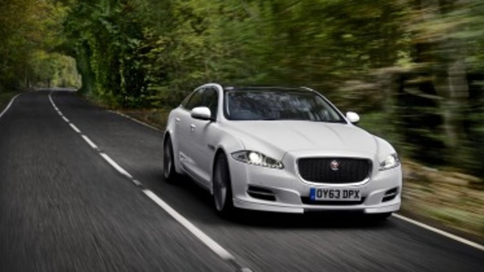 Jaguar joins the race to driverless cars