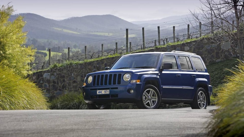 2010_jeep_patriot_first-drive-review_03.jpg