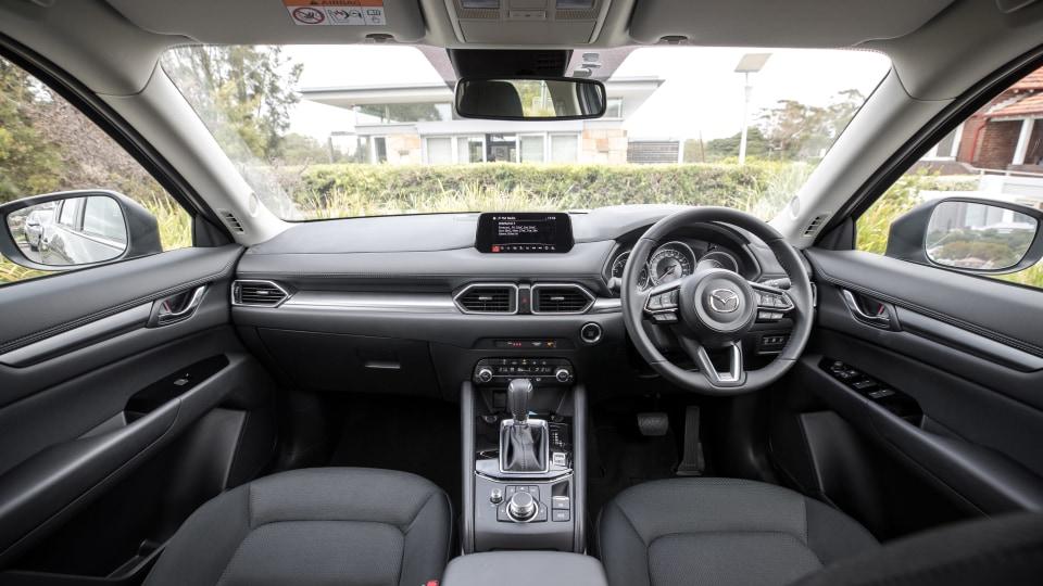 2020 Honda CR-V VTi-S AWD v Mazda CX-5 Maxx Sport AWD comparison-1
