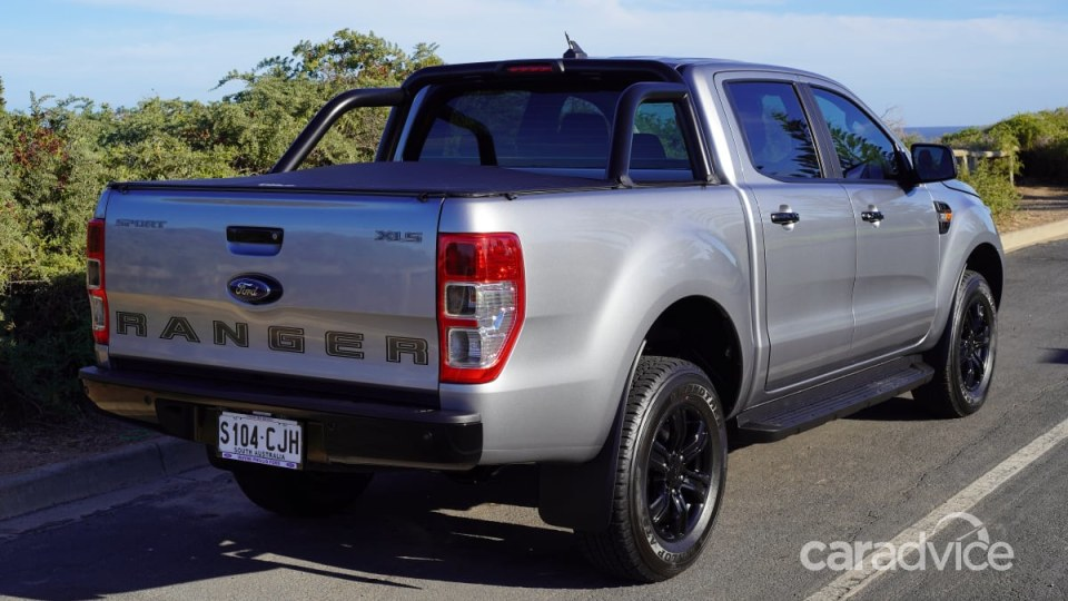 Ford Ranger 3.2 (4x4) rear exterior