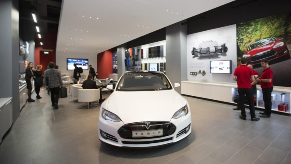 Tesla will introduce its Store concept to Australia in 2016.