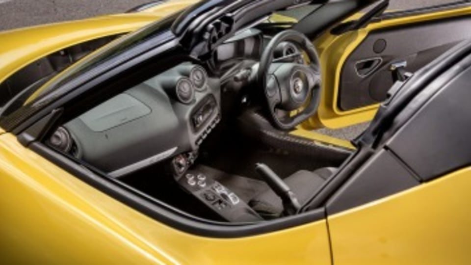 Alfa 4C Spider high res images