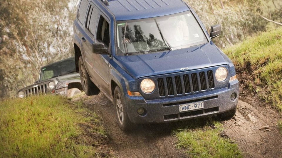 2010_jeep_patriot_first-drive-review_18.jpg