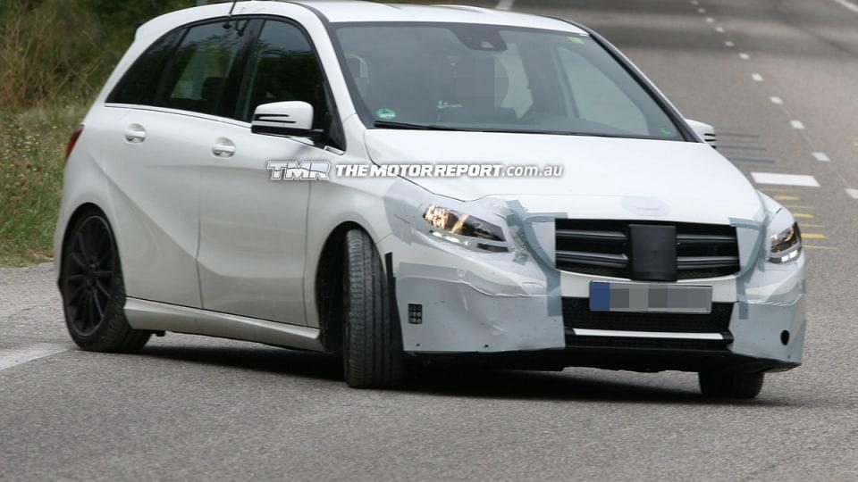 2014 Mercedes-Benz B-Class Update Spied Testing
