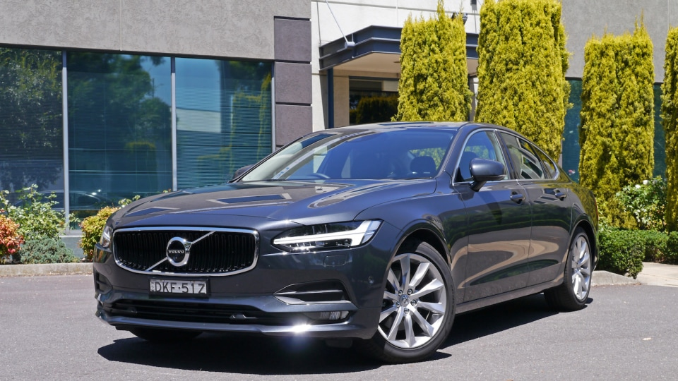 2017 Volvo S90 D4 Momentum Review | Genuine Luxury Appeal And Still Safe As Houses