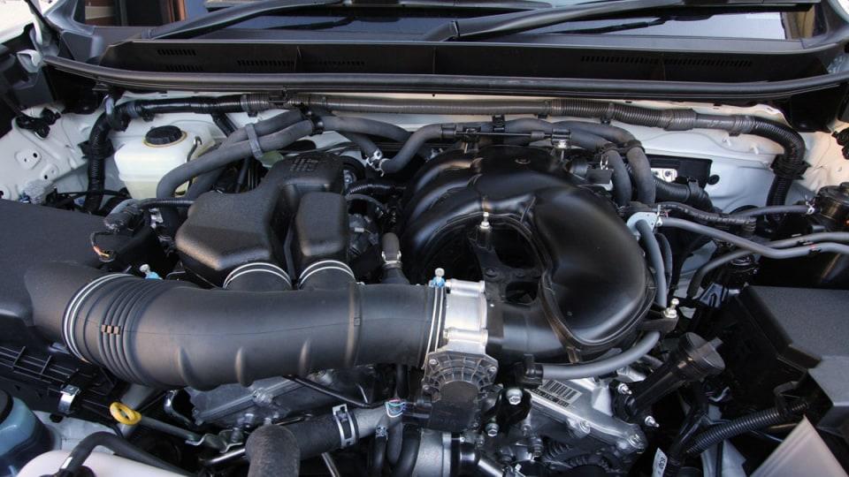 2010_toyota_prado_gxl_roadtest_review_interior_033