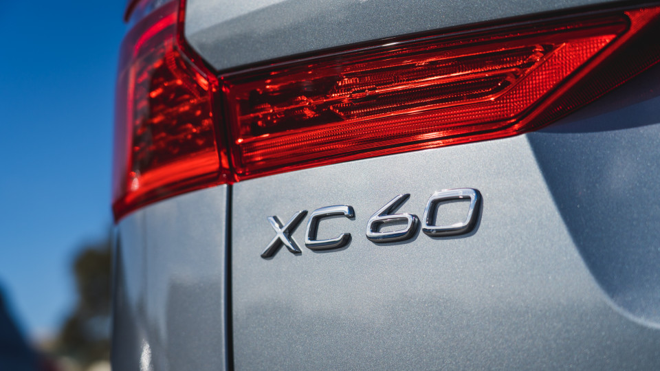 2021 Volvo XC60 T6 R-Design review-4
