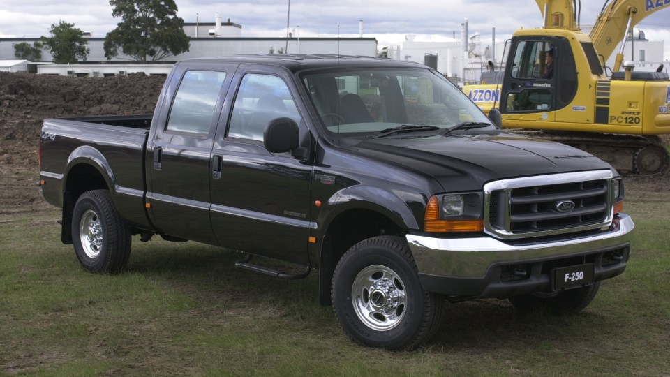 Ford F-250/F-350 2001 to 2006 used-car review-3
