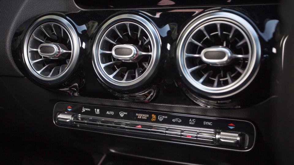 2021 Mercedes-Benz GLA250 review-4