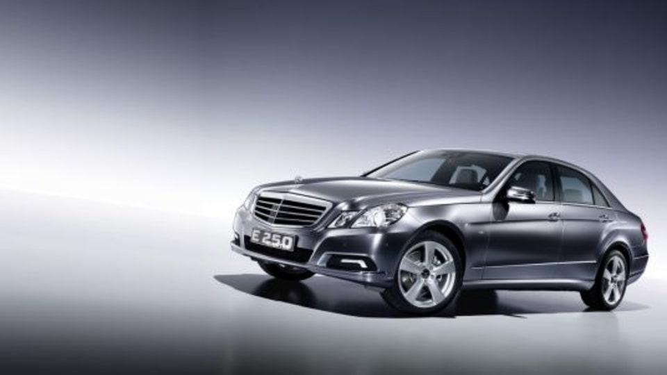 2010 Mercedes E250 BlueTEC Images And Details
