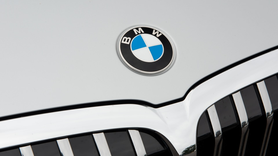 BMW wants to strengthen bond with Toyota