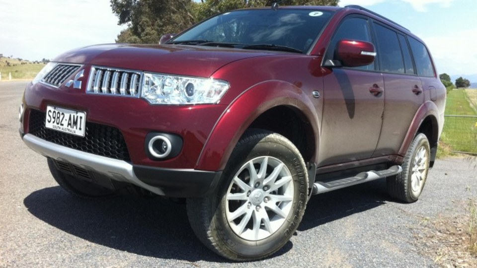 2012 Mitsubishi Challenger 2WD Review