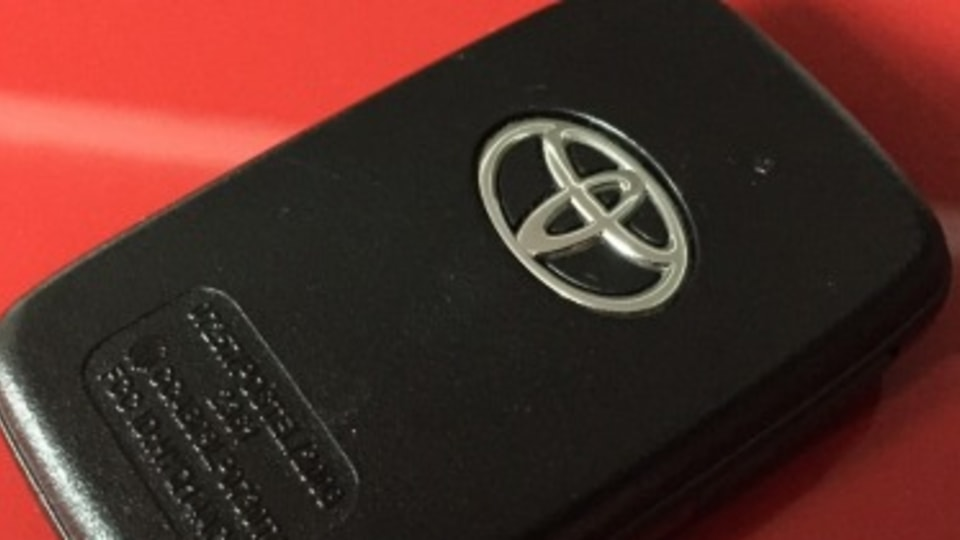 Q&A: How much does a new car key cost?