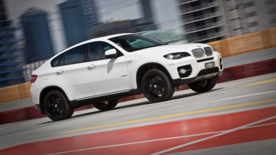 2010 BMW X6 xDrive35i and xDrive50i M Sport Packages To Bring More Grunt, Sporty Styling