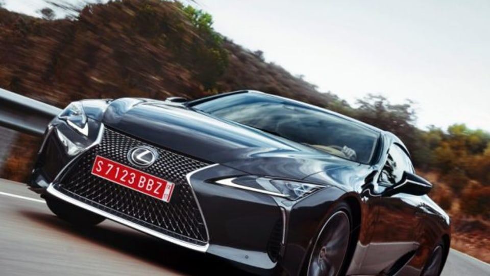 Lexus LC Coupe wins design award