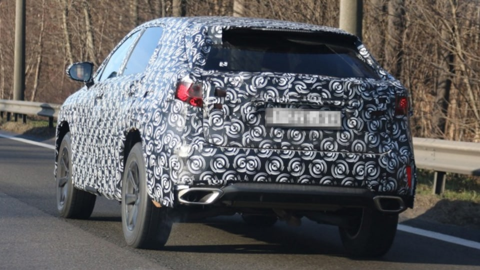 The SUV will offer a range of petrol and hybrid drivetrains.