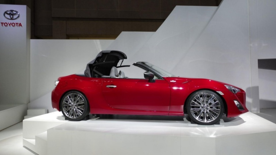 The drop-top 86 was to feature a folding cloth roof. Photo: Newspress