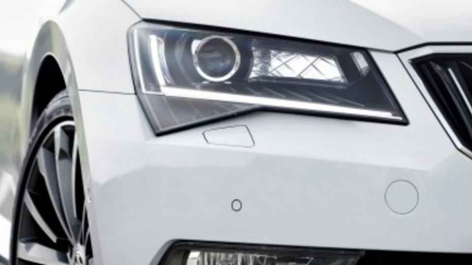 Skoda Superb 206TSI Wagon car pool review