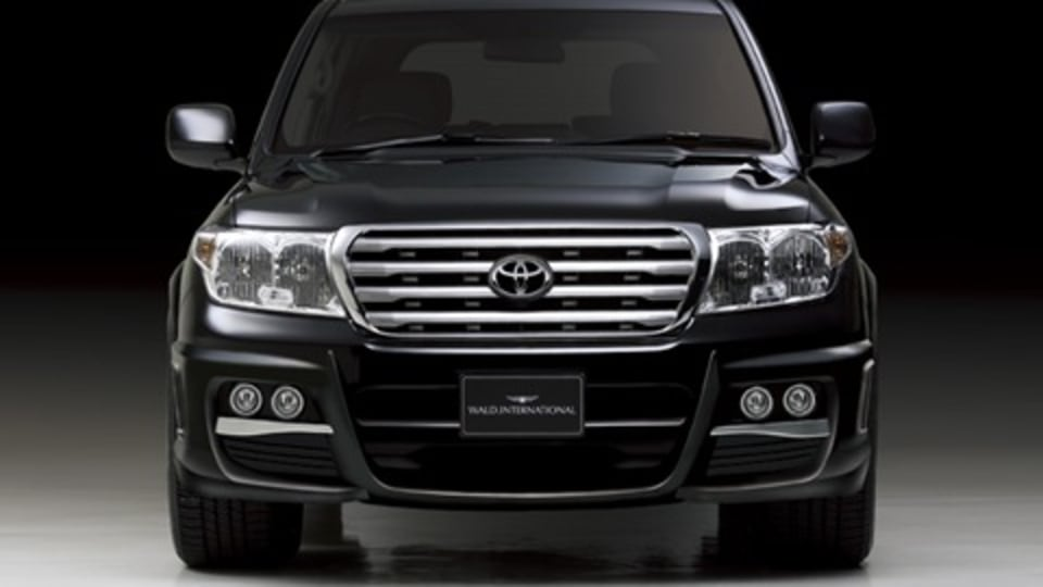 Wald International Goes Nuts On 200 Series Toyota Land Cruiser