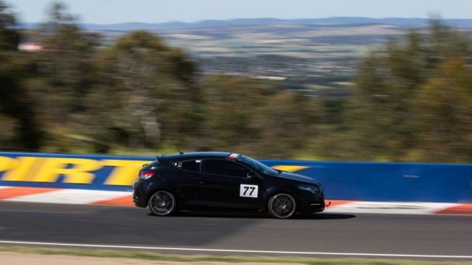David McCowen driving his Renault Megane in Challenge Bathurst 2016.