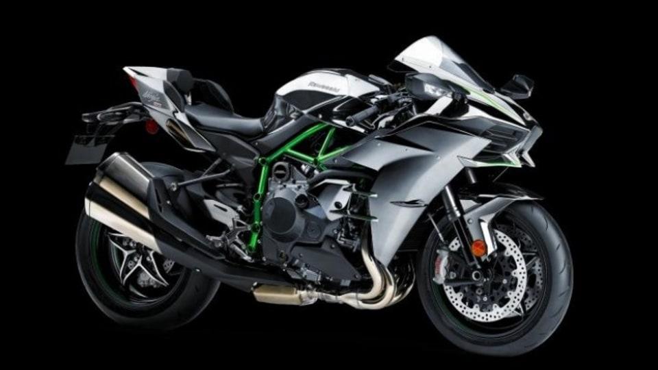 Revolutionary: The Kawasaki H2.