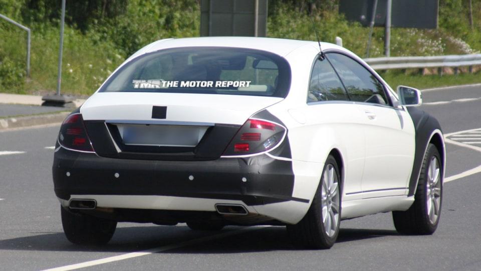 2011_mercedes-benz_s-class_coupe_facelift_spy-shots_04.jpg