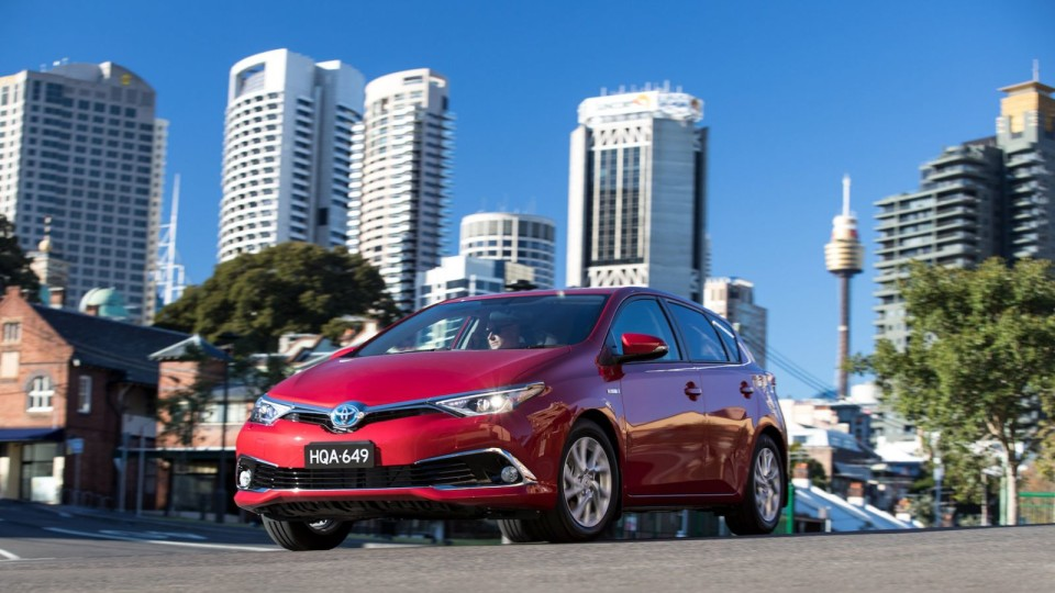 2016 Corolla Hybrid - Price And Features For Australia