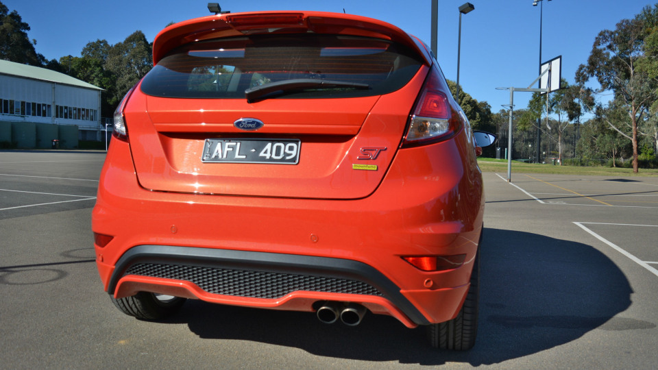 2016_ford_fiesta_st_mountune_review_05