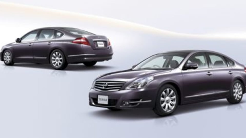 Nissan launches Teana in Japan