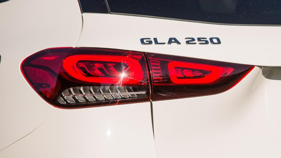 2021 Mercedes-Benz GLA250 review-2