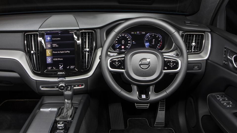2018 Volvo XC60 T8.