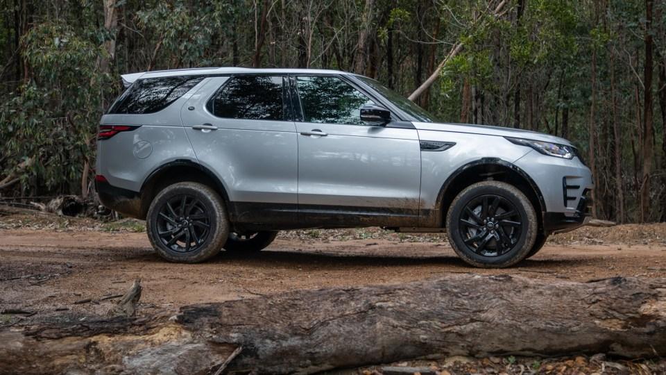 2020 Land Rover Discovery Landmark SDV6 review-2