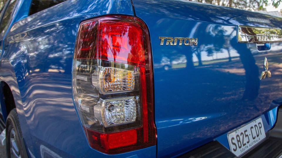 2020 Mitsubishi Triton GLX-R review-1
