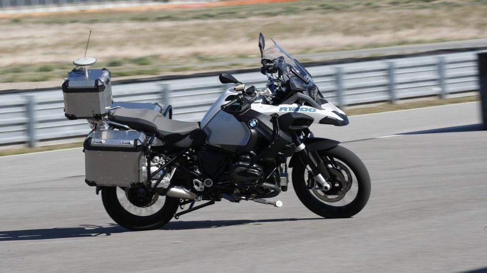 BMW reveals riderless motorcycle