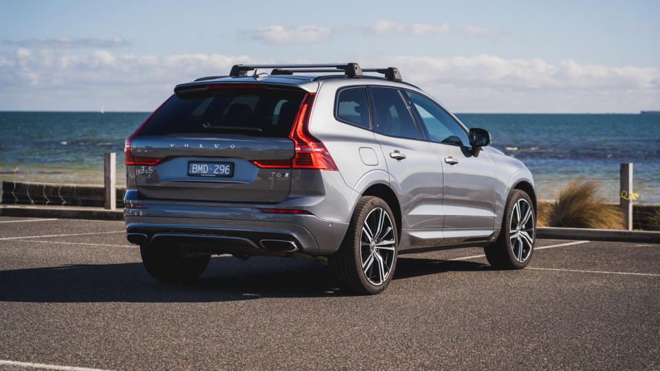 2021 Volvo XC60 T6 R-Design review-1