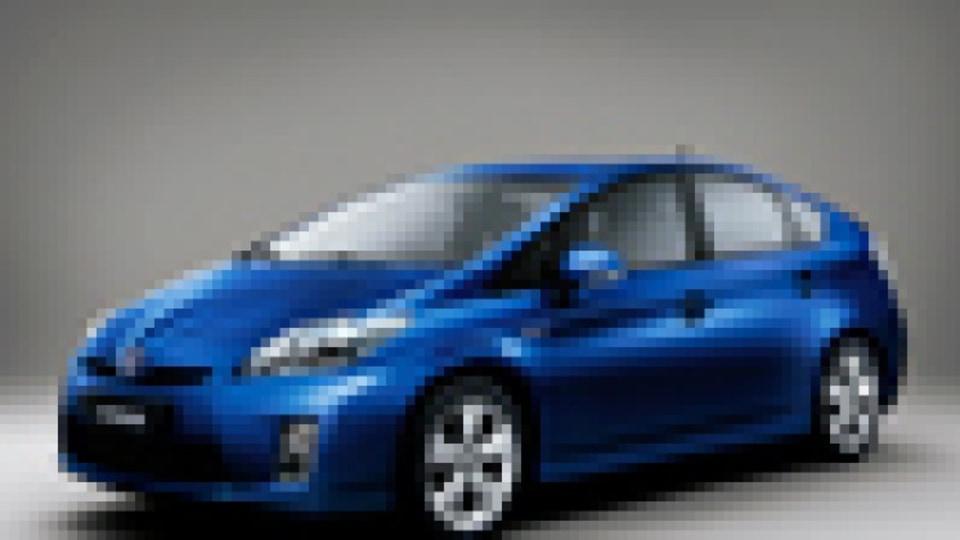 Toyota hits EU target