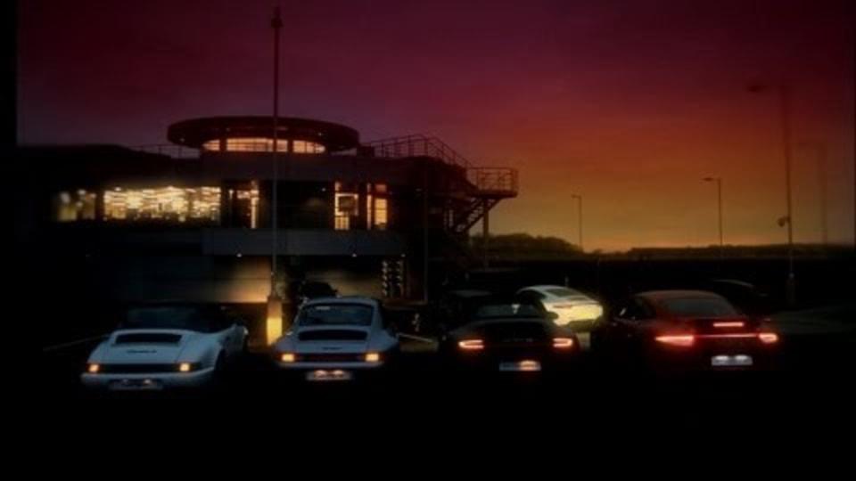 911 Carrera 4 History Detailed: Video