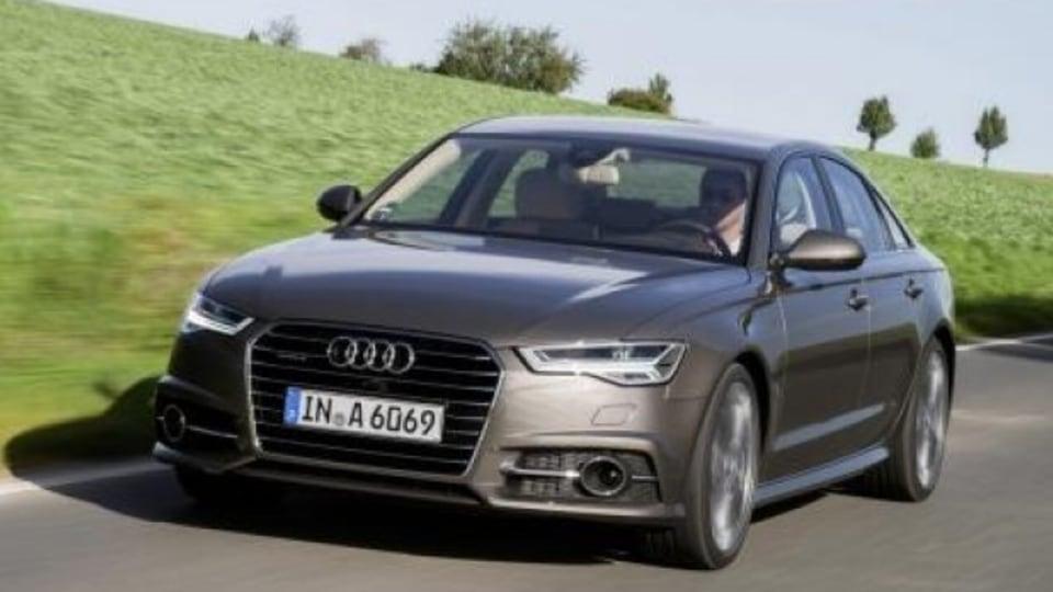 Fahraufnahme     Farbe: Dakotagrau    Verbrauchsangaben Audi A6 Limousine:Kraftstoffverbrauch kombiniert in l/100 km: 7,6 - 4,2;CO2-Emission kombiniert in g/km: 177 - 109   2015 Audi A6